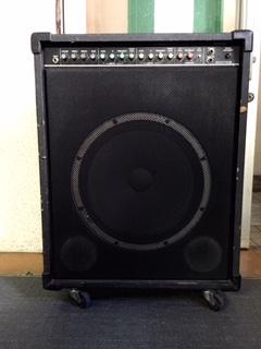 bass01.jpg